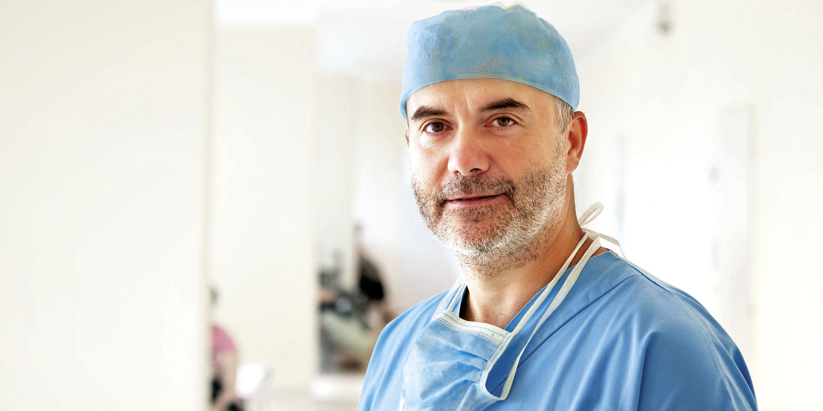 Ohľaduplnosť a citlivý prístup sú mojím základným princípomTop Lekári na Slovensku III najlepší odborník v odbore plastická chirurgia2014